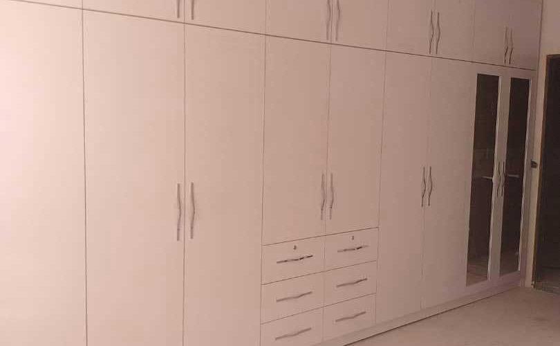 closet 12 810x500 - کمد دیواری ام دی اف
